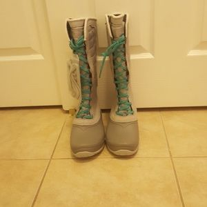 The North Face waterproof snow/winter boots. NWOT